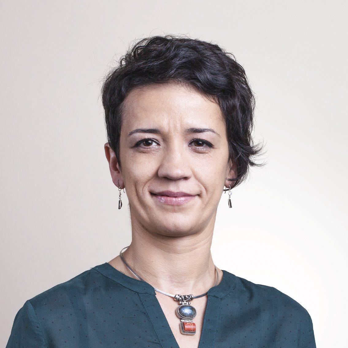 Elena MUSCĂ