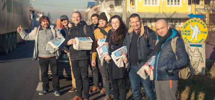 N-are Soros atâția bani să-i cumpere pe toți voluntarii USR! Sau cum mersul pe jos ajută la… sondaje ;) (Galerie FOTO)