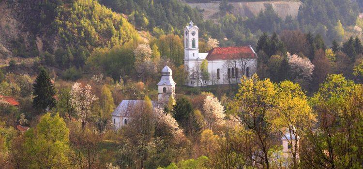 ALERTĂ: Guvernul pregătește retragerea Roșiei Montane de pe Lista UNESCO!