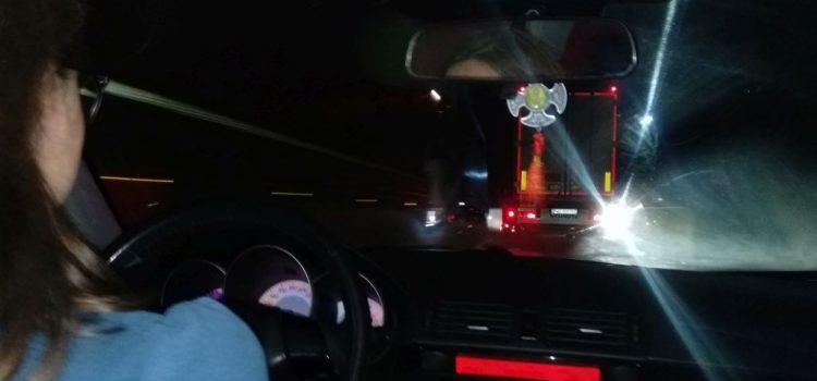 Asta e România: trasă și blocată pe marginea drumului de niște incompetenți iresponsabili (declarație politică)