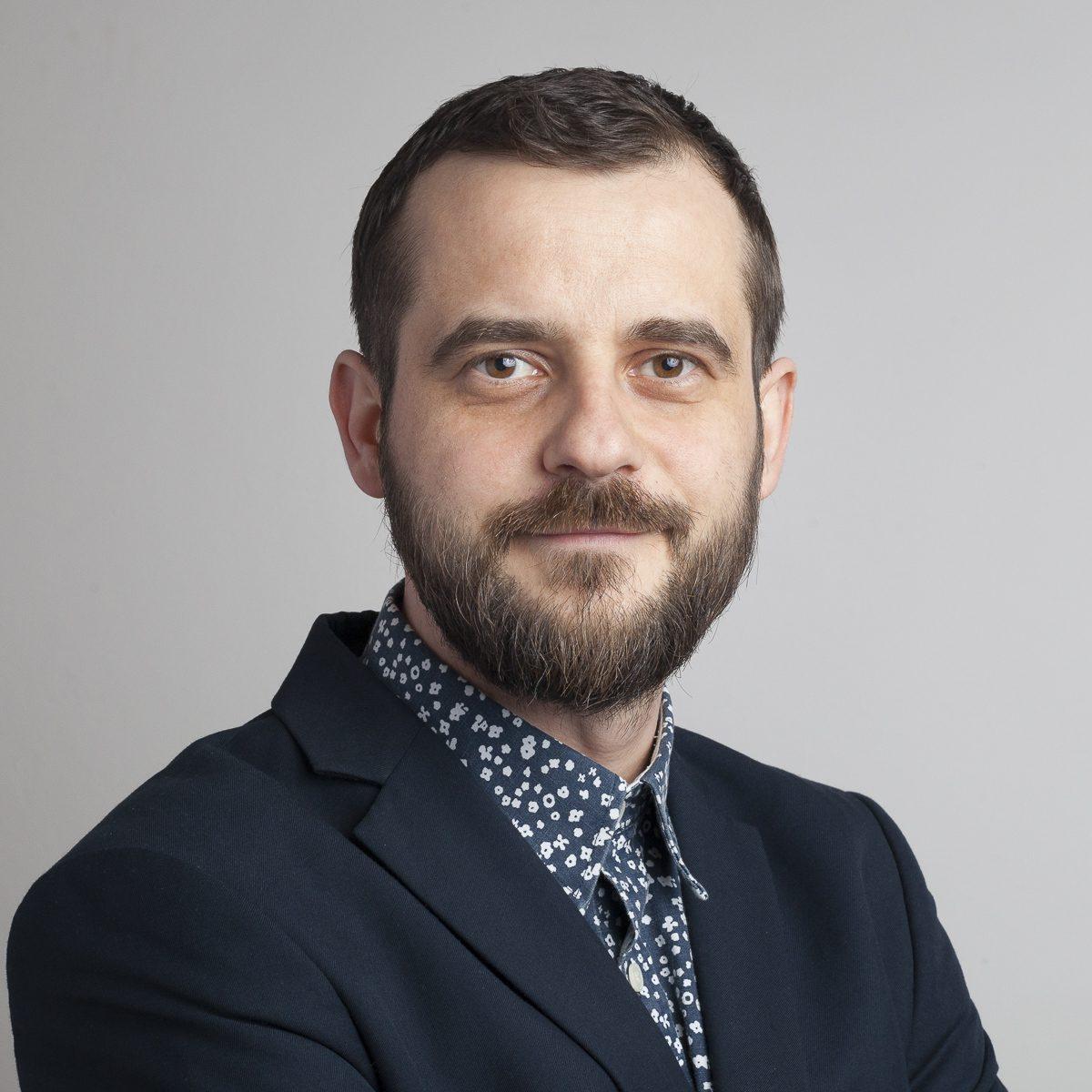 Bogdan PETRUȚIU