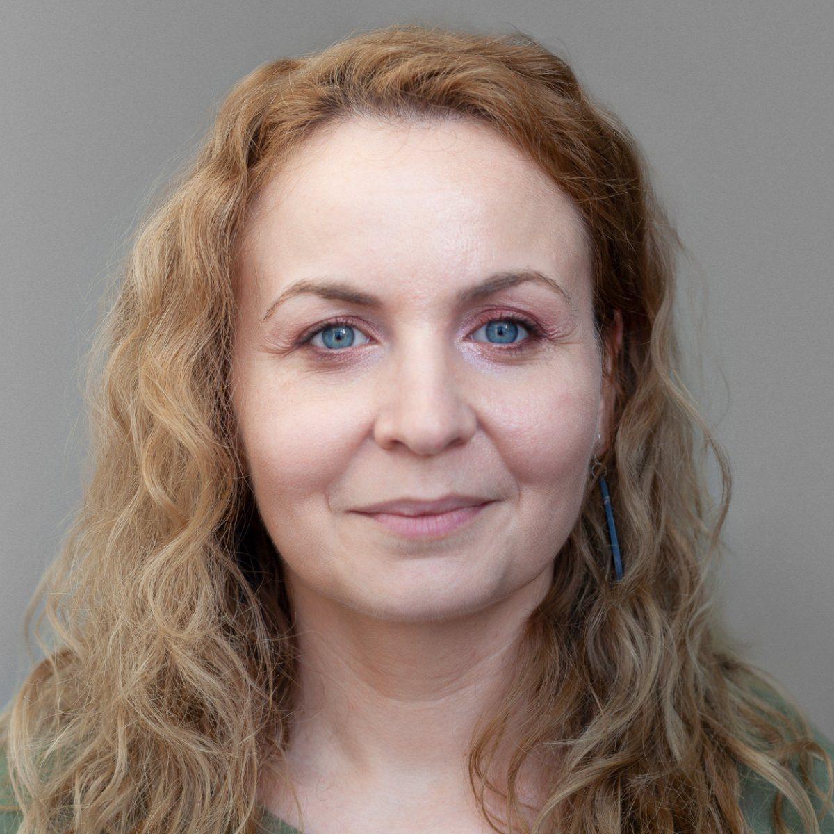 Carmen ȚURCANU