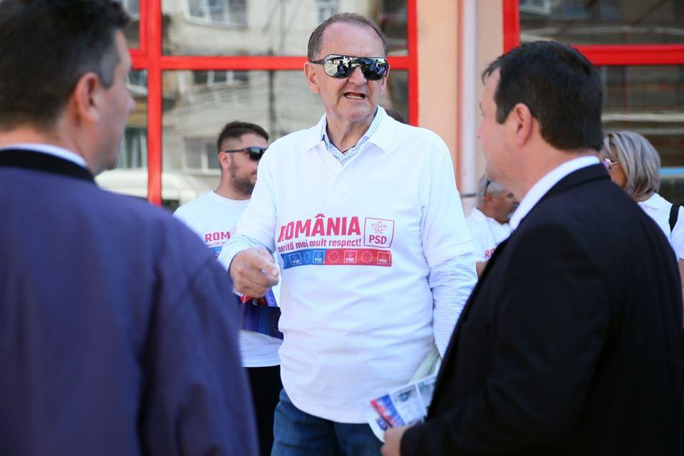 """Senatorul USR Mihai Goțiu: """"Scandalos! În plină pandemie, ginerele primarului PNL din Turda (ex-PSD), șef la compania publică de apă, a dat, prin achiziție directă, zeci de mii de euro către presa locală!"""""""